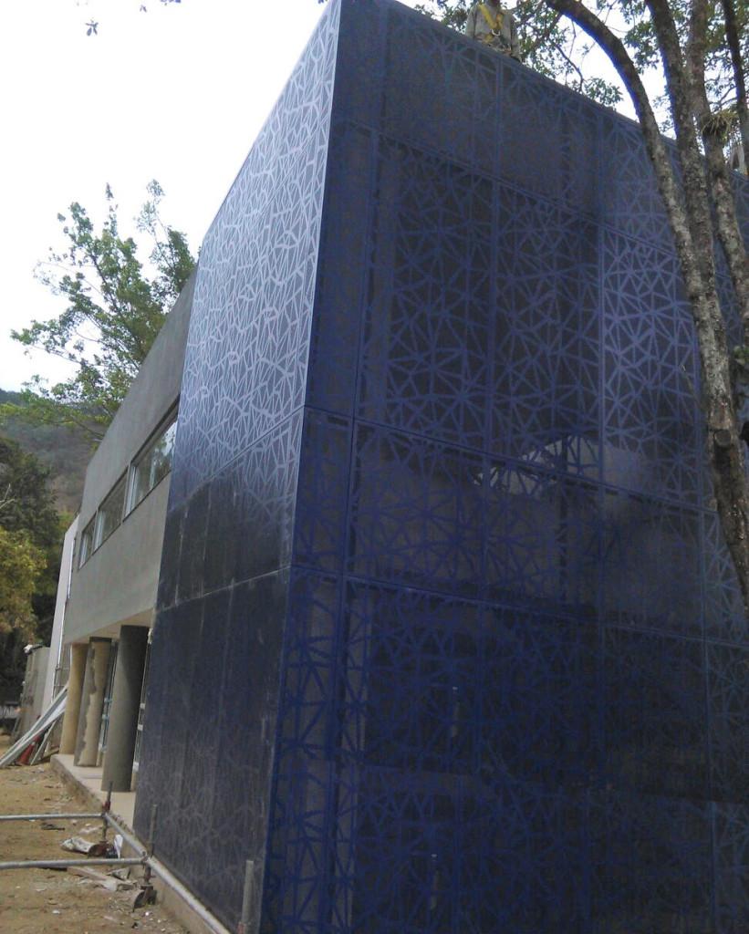 Disfachadas-fachada perforada